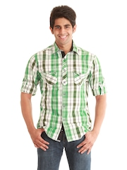 Jogur Men Green & White Checked Casual Shirt