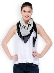 Kiosha Women White & Black Printed Scarf