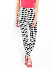 Kook N Keech Women White & Black Printed Leggings