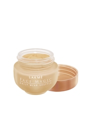 Lakme Face Magic Natural Marble Daily Wear Souffle