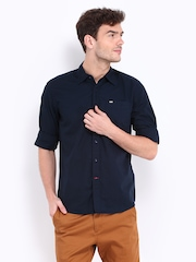 Lee Men Navy Slim Fit Casual Shirt