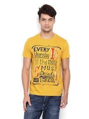 Lee Men Mustard Yellow Printed T-shirt