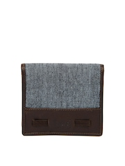 Lee Men Grey & Brown Wallet