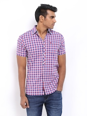 Lee Men White & Blue Checked Slim Fit Casual Shirt