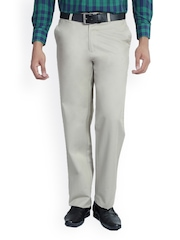 Live In Jeans Men Cream-Coloured Classic Fit Trousers