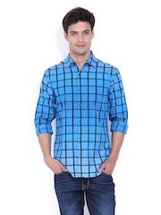 Locomotive Men Blue & Black Checked Slim Fit Casual Shirt