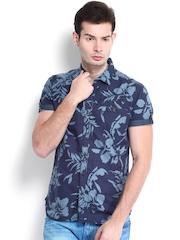Locomotive Men Blue Printed Slim Fit Casual Shirt