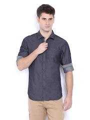 Locomotive Men Charcoal Grey Slim Fit Casual Shirt