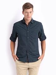 Locomotive Men Navy Printed Slim Fit Casual Shirt
