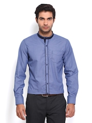 Mark Taylor Men Blue & White Checked Slim Fit Semiformal Shirt