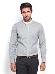 Mark Taylor Men Grey & White Checked Slim Fit Semiformal Shirt