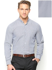 Mark Taylor Men Navy & White Slim Fit Formal Shirt