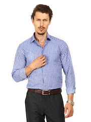 Mark Taylor Men Blue & White Checked Slim Fit Formal Shirt