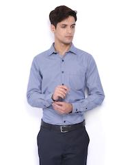 Mark Taylor Men White & Blue Checked Slim Fit Formal Shirt