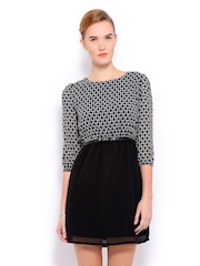 Mast & Harbour Black & White Printed Lyla Tailored Dress