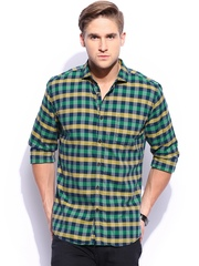 Mast & Harbour Men Green & Navy Checked Casual Shirt