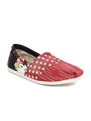 Mast & Harbour Men Red & Black Casual Shoes