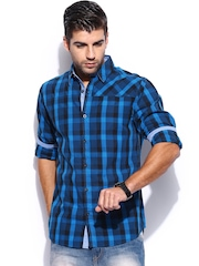 Mast & Harbour Men Blue & Black Checked Slim Fit Casual Shirt