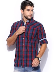 Mast & Harbour Men Blue & Red Checked Slim Fit Casual Shirt