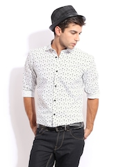 Mast & Harbour Men White & Black Printed Sharp Fit Club Casual Shirt