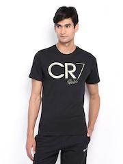 Nike Men Black Printed Slim Fit T-shirt