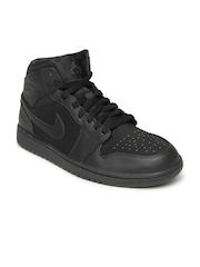 Nike Men Black Air Jordan 1 Mid Basketball Shoes