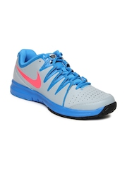Nike Men Grey Vapor Court Sports Shoes