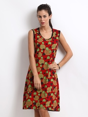 Nuteez Women Red Printed Nightdress WLT2434C