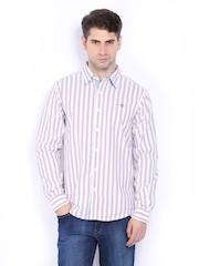 Pepe Jeans Men Off-White & Pink Striped Semi Fit Casual Shirt