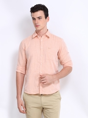 Pepe Jeans Men Peach Coloured Semi Fit Linen Blend Casual Shirt