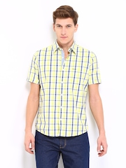 Pepe Jeans Men White & Yellow Checked Semi Fit Casual Shirt