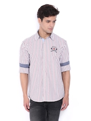 Pepe Jeans Men White & Red Striped Semi Fit Casual Shirt