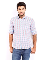 Pepe Jeans Men White & Red Checked Semi Fit Casual Shirt