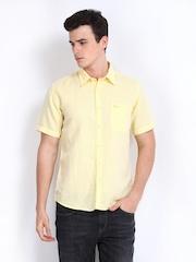 Pepe Jeans Men Yellow Semi Fit Linen Blend Casual Shirt