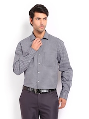 Peter England Men Navy Blue & White Checked Nuvo Fit Formal Shirt