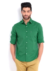 Peter England Men Green Super Slim Fit Casual Shirt