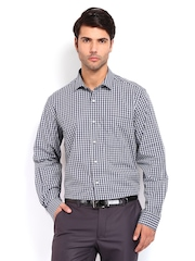 Men Navy & Green Checked Nuvo Fit Formal Shirt Peter England