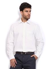 Peter England Men White Nuvo Fit Formal Shirt
