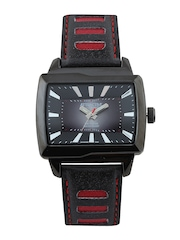 Q&Q Attractive Men Black & Grey Dial Watch