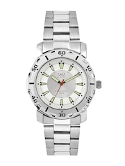 Q&Q Men White & Silver Toned Dial Watch