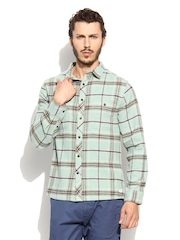 Quiksilver Men Green & Burgundy Checked Flannel Casual Shirt