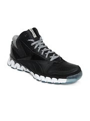 Reebok Men Black Zignano Profury Sports Shoes