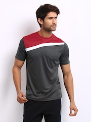 Reebok Men Grey T-shirt