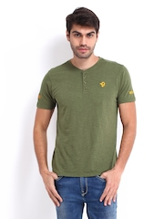 Republic of Spiel Men Olive Green T-shirt