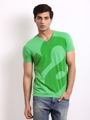 Republic Of Spiel Men Green Printed Base Down T-shirt