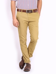 Roadster Men Khaki Chino Trousers