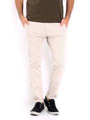 Roadster Men Beige Torino Slim Fit Chino Trousers