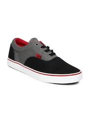 Roadster Men Black & Grey Casual Shoes