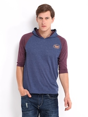 Roadster Men Blue & Burgundy Hooded T-shirt