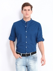 Roadster Men Blue Romain Slim Fit Casual Shirt